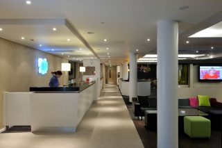 Holiday Inn Express Dundee - reception by Occa Design